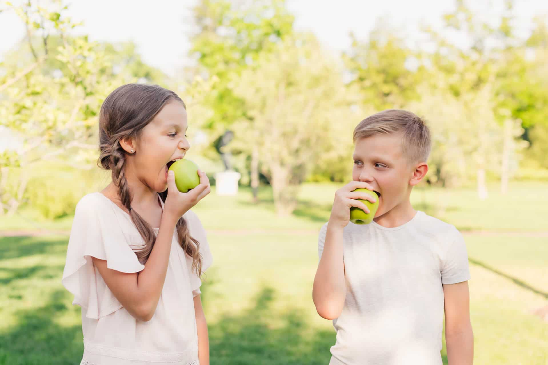 What foods does my pediatric dentist in Palm Beach say to eat?